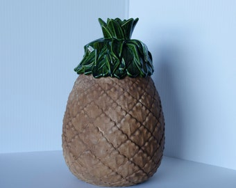 Pineapple Cookie Jar / Vintage 1950s-1960s / Excellent condition