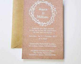 Rustic Laurel Wreath Wedding Invitation / Kraft Wedding Invite + RSVP card x 17