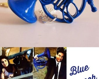 How I met your mother Inspired Necklace - Miniature Blue French Horn Pendant TV Show Ted and Robin HIMYM
