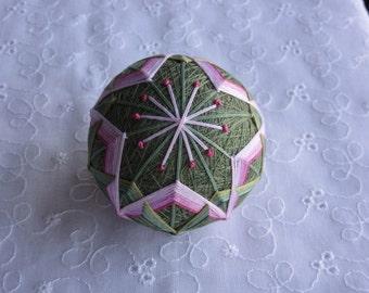 Sakura(cherry blossoms) motif, Temari ball, Kagari temari ball, Japanese kagari temari (embroidered ball), handmade