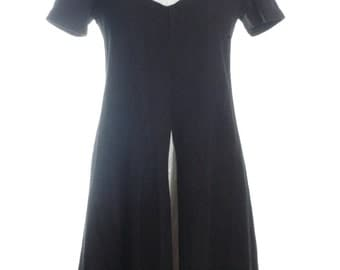 Vintage 1960's Black & White Mod Shift Dress 10 - www.brickvintage.com