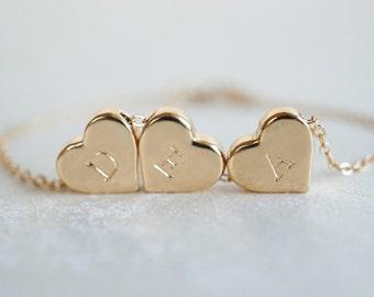 Personnalisé 3 coeur Bracelet en or, meilleur ami de sur mesure, mère fille, demoiselles d'honneur, mariage cadeau, bijoux délicats, tamponné, soeur