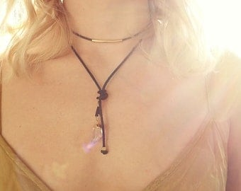 VEGA - Choker made of synthetic leather with rock crystal