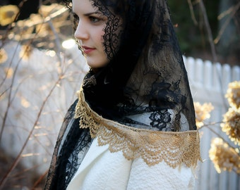 Evintage Veils~ Black & Gold Spanish Lace Mantilla Chapel Veil  Mantilla Shawl Wrap
