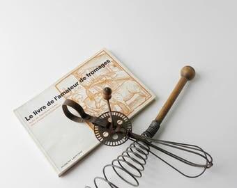 Set of 2 Vintage French Kitchen Utensil Wire Pyramid Egg Whisk with Oak Handle  and Metal Rotary Egg Beater // French Kitchen DEco