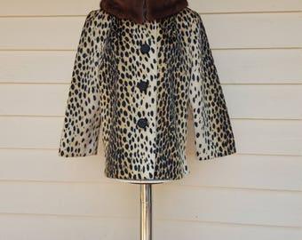 Vintaqe 1960's Faux Leopard Fur Coat w Mink Collar