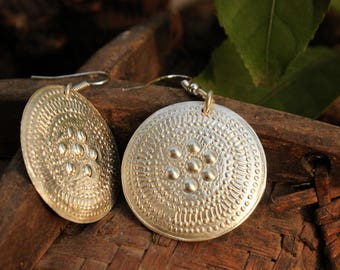 Handmade Hmong Tribal Earrings Hill Tribe Asian Disk Drop Dangle Light Silver Plate Circle
