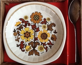 Vintage 1970s Palissy Plate and Spoon (Royal Worcester)