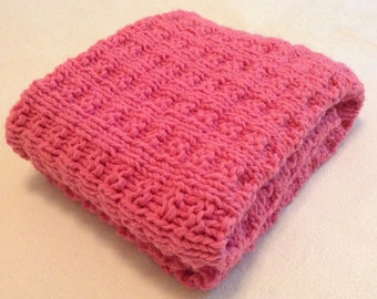 Hand knit pink baby blanket/easy to wash and dry hand knitted pink baby blanket/car seat blanket/stroller blanket/crib blanket
