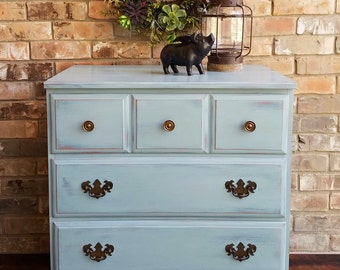 SALE!! Vintage Farmhouse Style Rustic 3 Drawer Dresser / Chest - Hand Painted **Local Pickup / Delivery Only!**