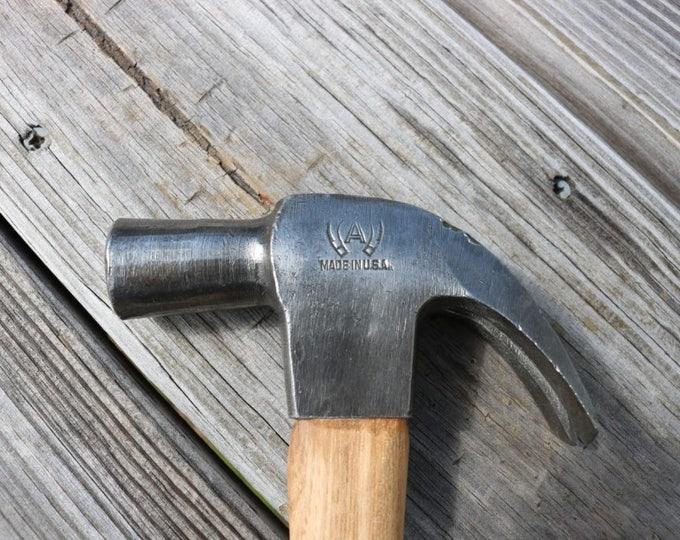 Atha claw hammer