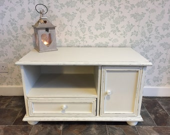 Cute White Shabby Chic TV Cabinet