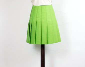 Vintage Skirt //Mini Skirt// Green