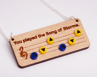 Legend of Zelda Song of Storms necklace - Ocarina of Time - Nintendo 64 - Old school retro - Geek and cute