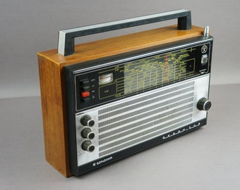 Radio, radio receiver, vintage radio, radio USSR, decor, brown, audio equipment, USSR, old radio, 50s