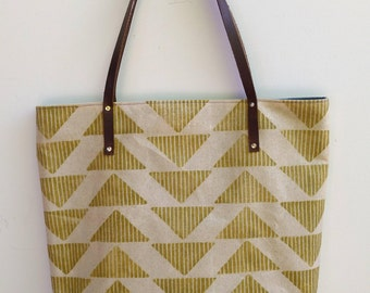 Waxed Canvas Tote: Triangles