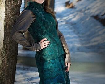 "Felt skirt ""Emerald mystery"""
