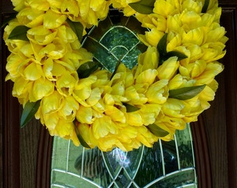 Spring Tulips Wreath
