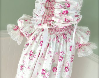 Classic Hand Smocked Sweet Heart Baby Girl Vintage Inspired  Dress Size 9 months to 4 Shabby Chic Hand Smocked Dress and Matching Bonnet