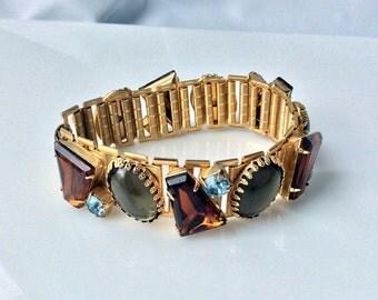 Beautiful Topaz Keystone and Gray Cabochon Bracelet - Chunky