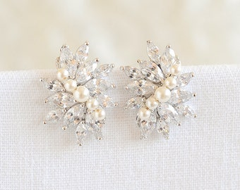 Wedding Stud Earrings, Swarovski Pearl Cluster Bridal Earrings, Vintage Style Wedding Jewelry, CZ Flower Earrings, Bridal Jewelry, LORETTA