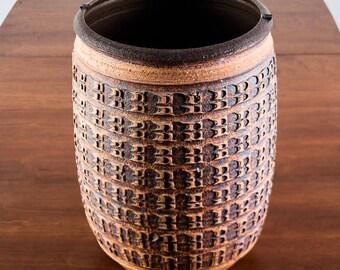 Mid Century Modern Architectural Pottery Bob Kinzie Vase Pot Brutalist Round David Cessey Robert Mawell Brown Tan Planter pot FREE SHIPPING