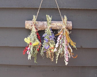Dried Flowers, Drying Rock with Dried Flowers, Wall Dried Flower Display, Inside Wall Decor, Rustic Wall Decor, Country Dried Flowers