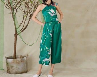 Fine Art Collection dark green crane flying traditional japanese art print designed top/T-shirt/pants