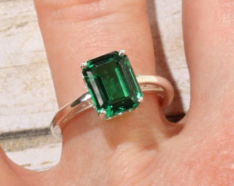 14K White Gold 9x7mm Chatham Brand Emerald Green Solitaire Engagement Ring, Emerald Shape, Vintage Scroll Setting