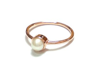 Pearl Ring-14K Gold Pearl Ring-Rose Gold Ring-14K Gold Handmade Fresh Water Pearl Ring