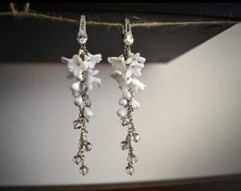 Handmade Silver Polymer Clay Flower Earrings, White earrings, White flowers, Gift for her