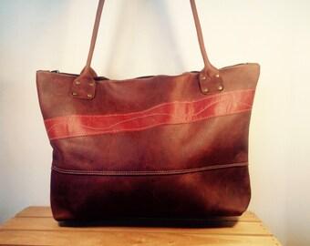 Leather zippered tote bag, distressed leather shoulder bag, leather travel bag, handmade, brown leather bag