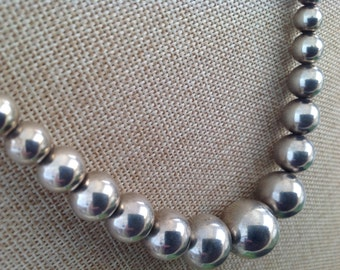 Jewelry Sterling Silver Graduated Smooth Italian Bead Chain Necklace ONLY.