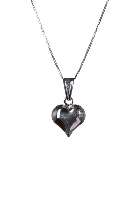 Sterling Silver Dainty Heart  Necklace Handmade Free UK delivery Gift box and Gift bag included Simple Jewellery Minimal Elegant