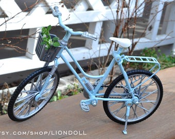 Monster doll OOAK repainted bike furniture stand accessorie fits EAH\MH