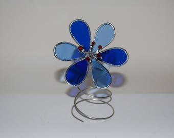 Standing Stained Glass Blue Flower, Suncatcher, Stained glass Sunflower, Blue Glass Flower Wire stand