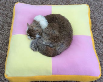 fleece cat bed / large dog bed / large cat bed / cosy pet bed / novelty pet beds / square pet bed /  battenburg cake / washable pet bed