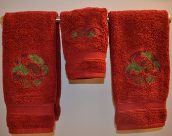 Pine Cone Christmas Towels