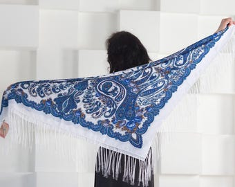 Pavlovo Posad style Scarf Russian Shawl Wool with Fringe (120x120 cm)