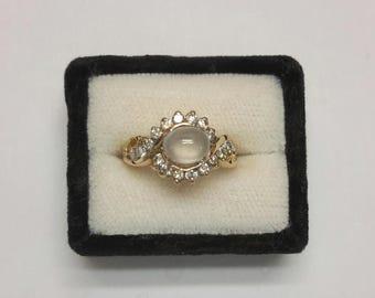Icy jade 18K diamond ring