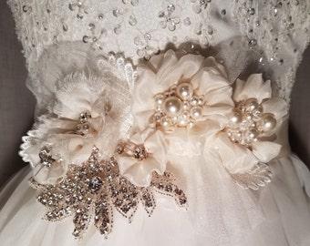 Ivory bridal sash, bridal flower sash, wedding belt, bridal head decor, rhinestone sash, wedding dress sash, ribbon belt, beige flower belt