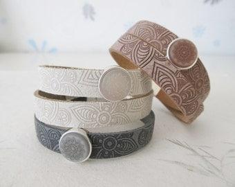 Mandala bracelet, yoga bracelet, leather bracelet 'off white'