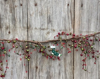 Christmas Garland, Pip Berry Garland,  Primitive Garland, Primitive Decor, Rustic Decor, Rustic Garland, Christmas Decor, Free Shipping