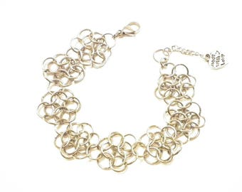 Daisy chainmaille stainless steel bracelet