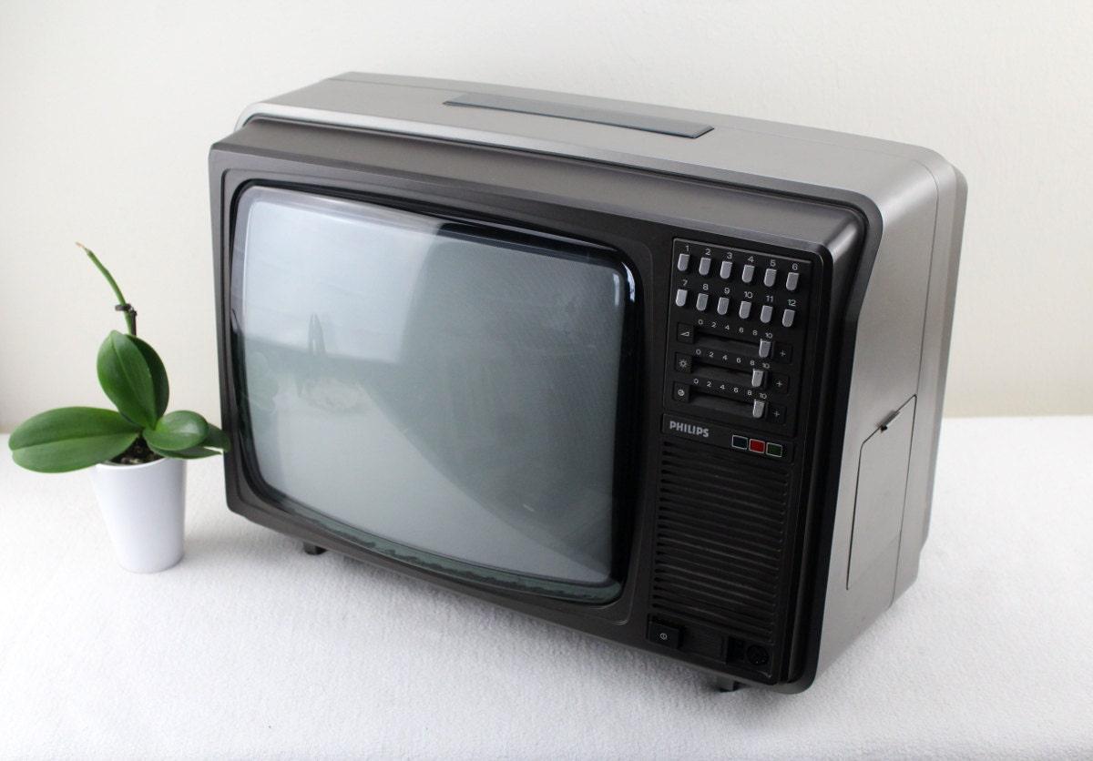Portable T V S : Vintage portable tv philips color s car mini