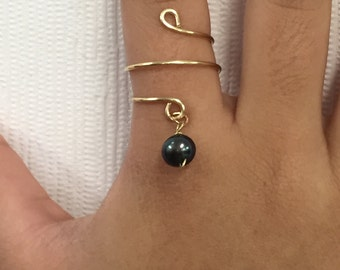 Gold Adjustable Wire Ring With Black Dangling Freshwater Pearl