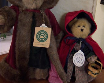 Boyd's bears,Mrs. Northstar,Bailey bear as Little Red Riding Hood,velvet fur trimmed cape,green and red,stuffed bears,collectible bears,toys