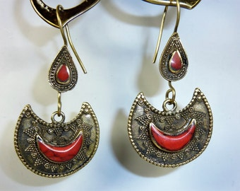 Moonshaped Tribal Earrings, Crescent Earrings