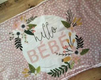 Modern Burp Cloth, Hello Bebe Burp Cloth, New baby burp Cloth, Baby Shower Gift, Hello baby burp Cloth, Baby Girl Burp Cloth