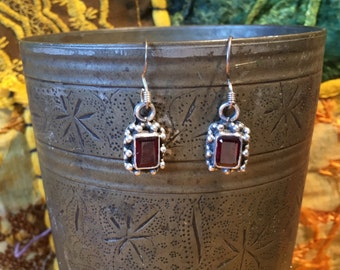 Garnet Earring-Sterling Silver Earring-Handmade Vintage Earring-Ethnic-Hippy-Gypsy....